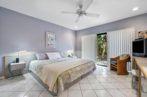 91 Cambridge Lane Boynton Beach FL 33436