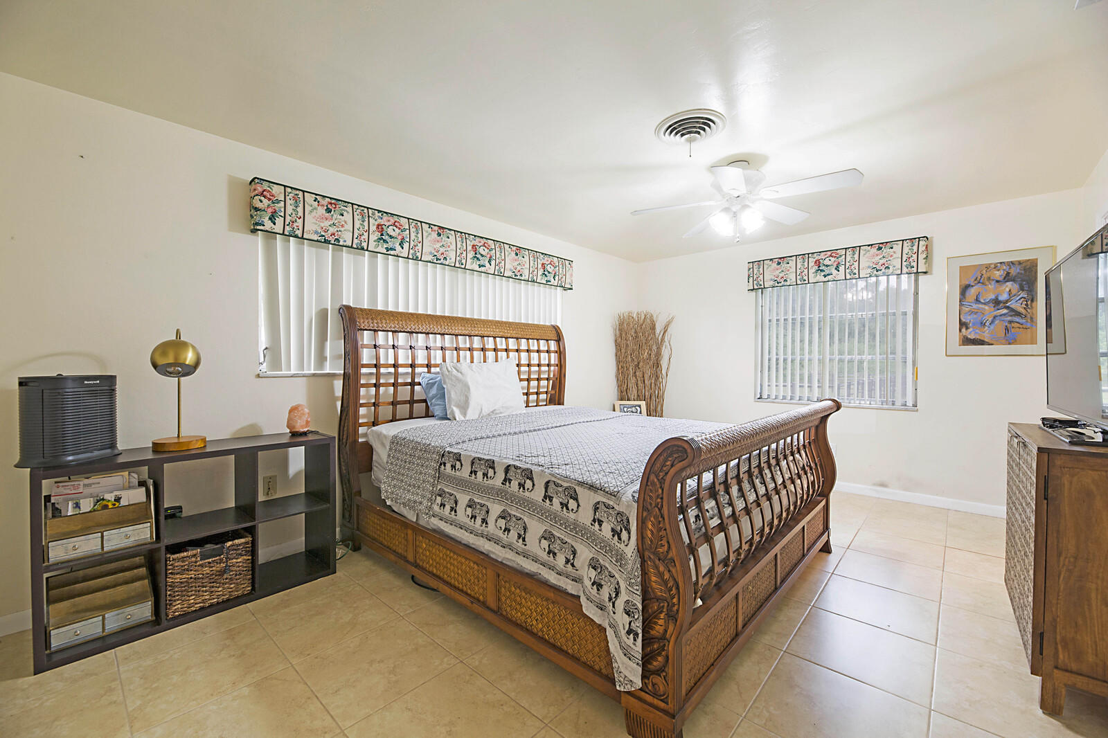 Loxahatchee Groves, Florida 33470, 3 Bedrooms Bedrooms, ,2 BathroomsBathrooms,Residential,For Sale,Collecting Canal,RX-10650594