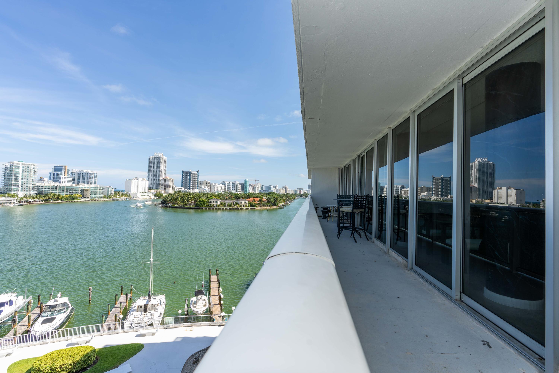 900 Bay Dr #624, Miami Beach, FL, 33141