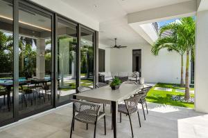 170 Royal Palm Way Boca Raton FL 33432