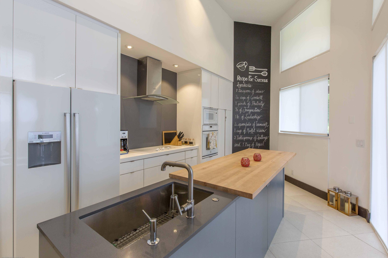 Wellington, Florida 33414, 3 Bedrooms Bedrooms, ,2 BathroomsBathrooms,Rental,For Rent,Twin Oaks,RX-10655390