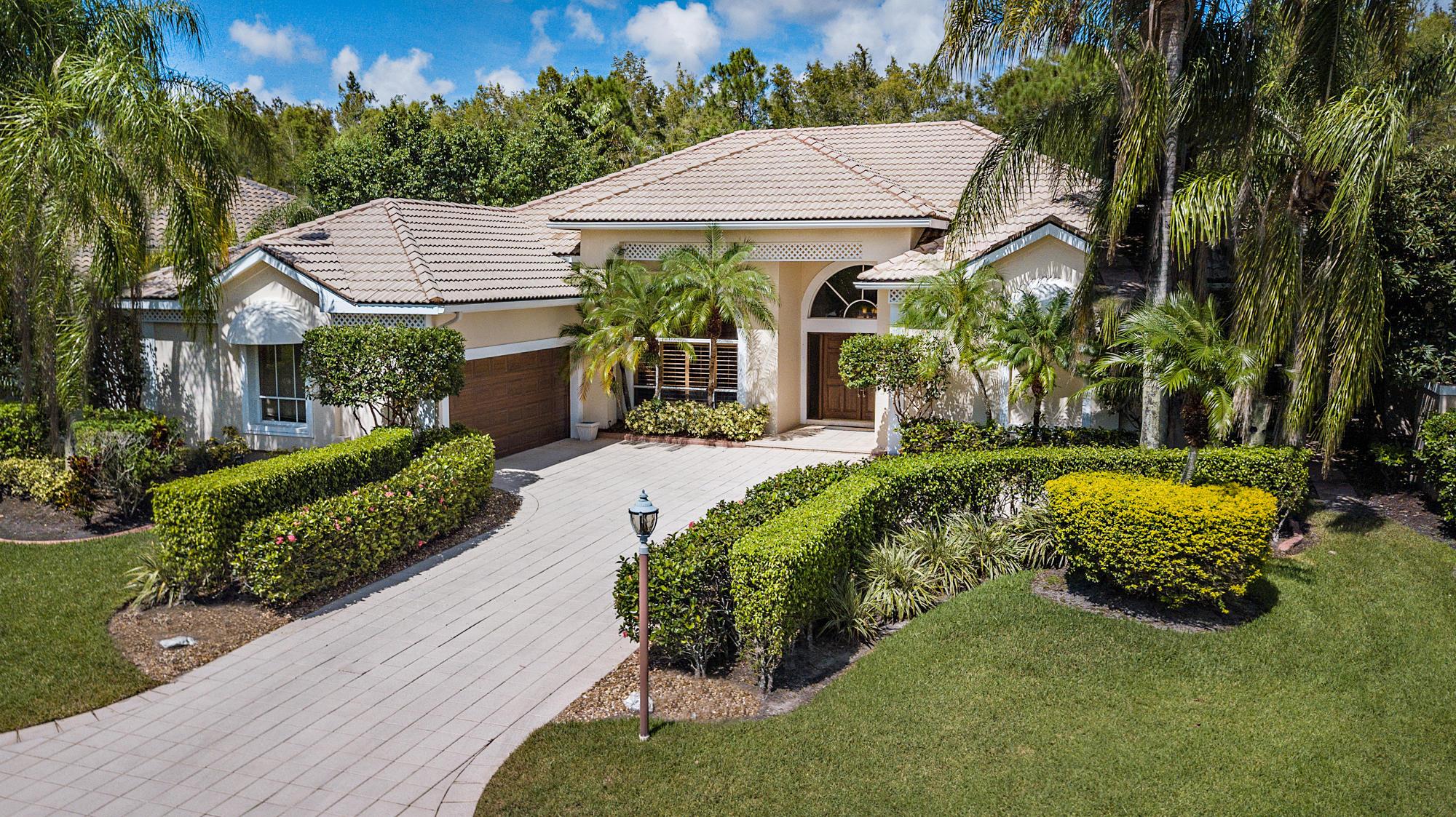 Details for 14 Windward Isle, Palm Beach Gardens, FL 33418
