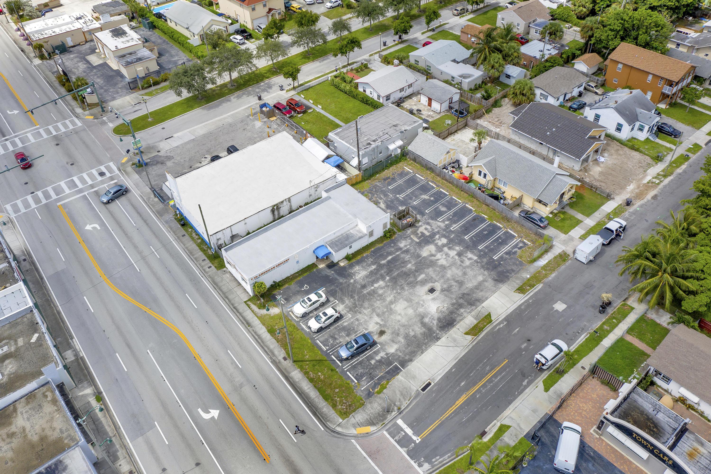 5509 Broadway West Palm Beach, FL 33407