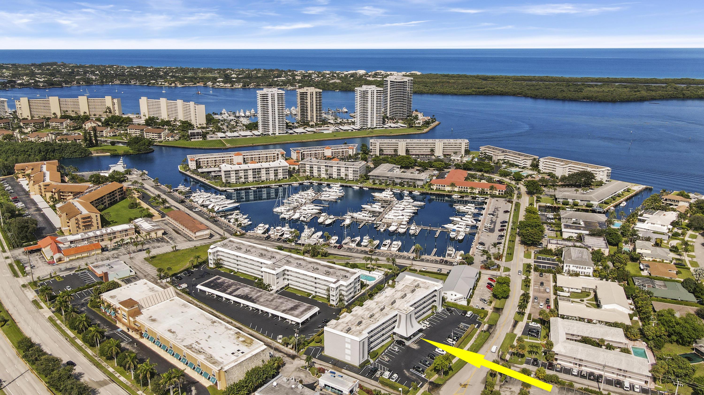 155  Yacht Club Drive 407 For Sale 10651990, FL