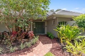 58 Dunbar Road, Palm Beach Gardens, FL 33418