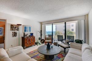 3590 S Ocean Boulevard, 507, South Palm Beach, FL 33480