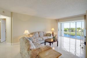 3593 Birdie Drive, 505, Lake Worth, FL 33467