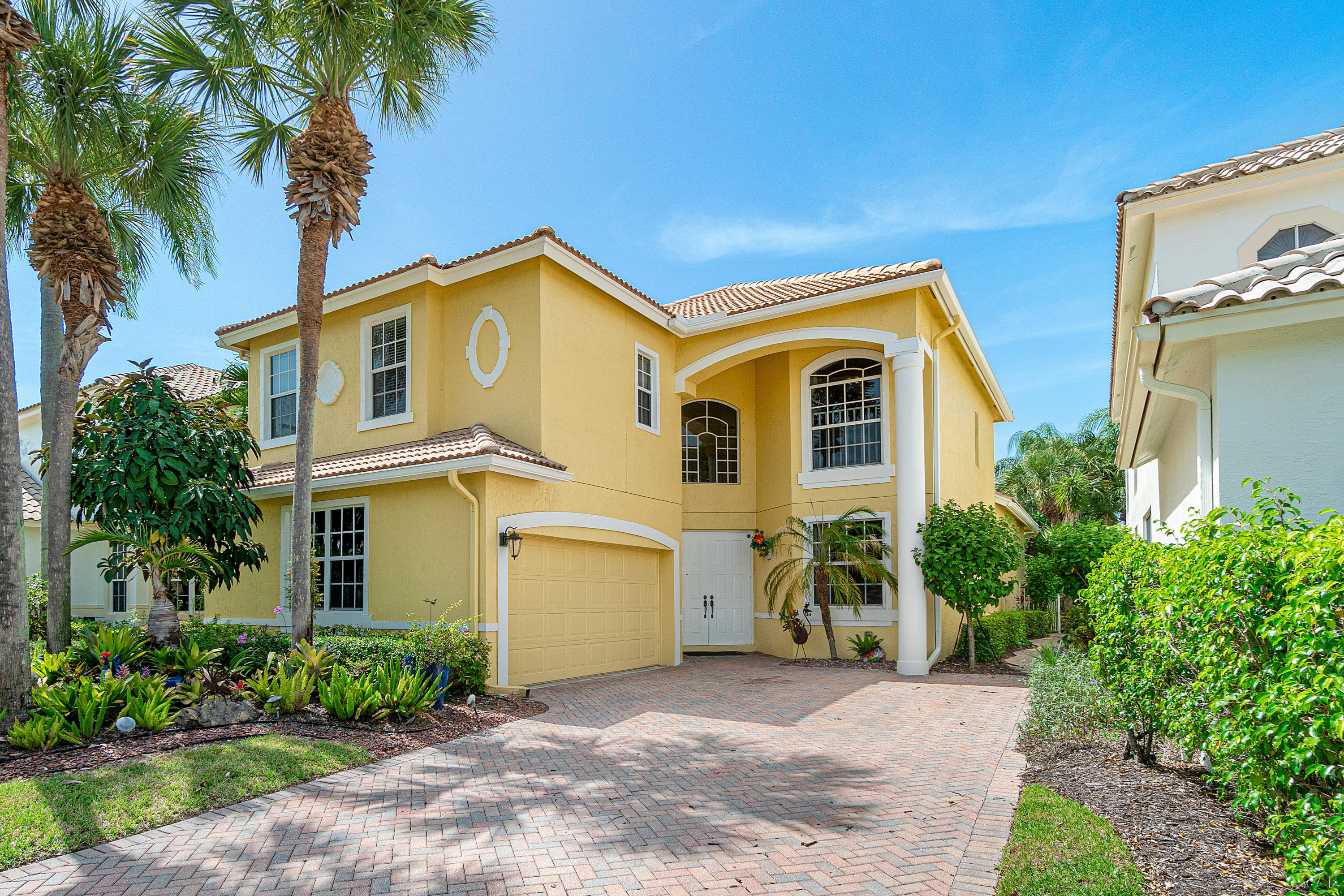Photo of 16938 Knightsbridge Lane, Delray Beach, FL 33484