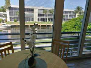 765 Jeffery Street Boca Raton FL 33487
