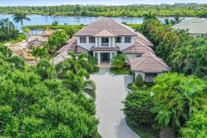 225 Commodore Drive, Jupiter, FL 33477