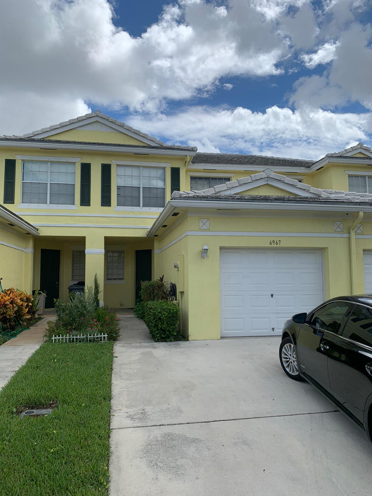 6967 Blue Skies Drive, Lake Worth, Florida 33463, 3 Bedrooms Bedrooms, ,2.1 BathroomsBathrooms,Townhouse,For Rent,Blue Skies,RX-10653414