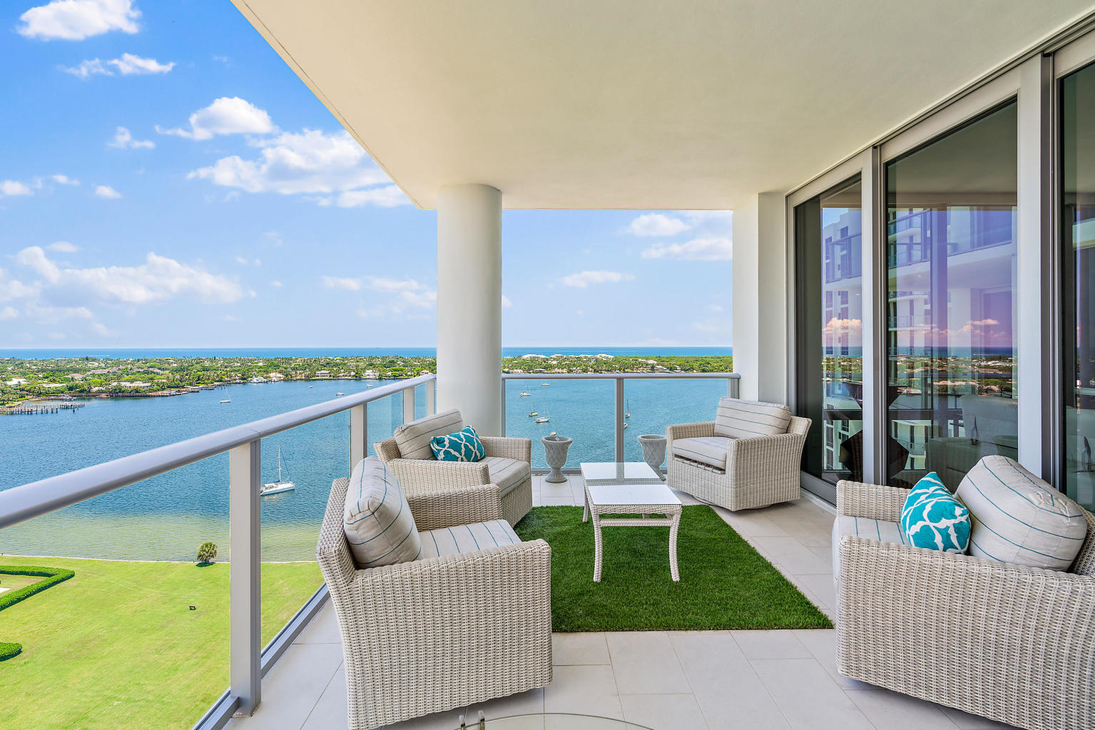 1  Water Club Way 1801 For Sale 10653830, FL