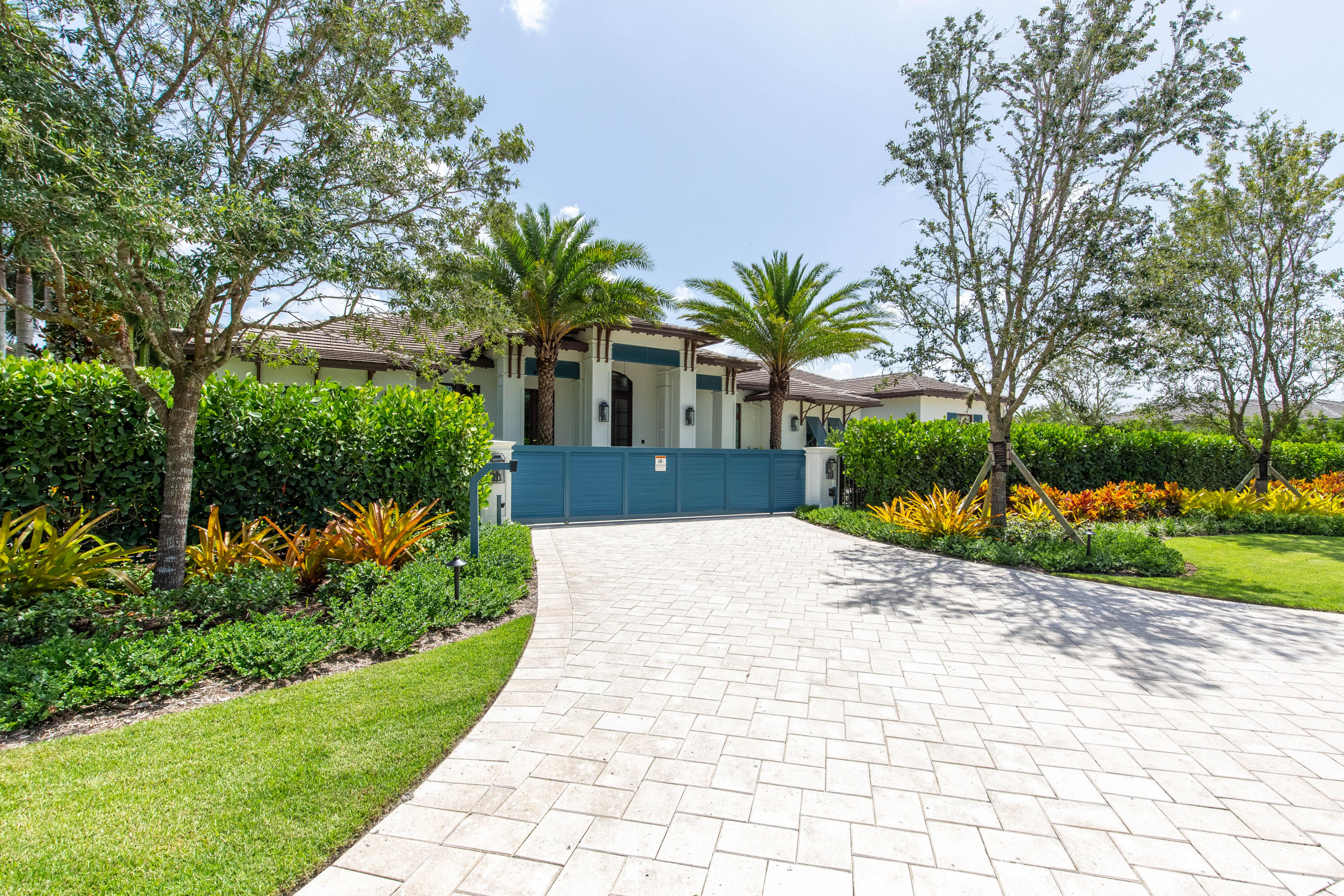 Wellington, Florida 33414, 4 Bedrooms Bedrooms, ,5 BathroomsBathrooms,Residential,For Sale,Quarter Horse,RX-10416879