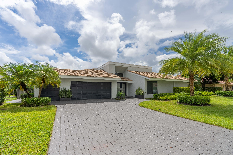 Photo of 5011 Pineview Circle, Delray Beach, FL 33445