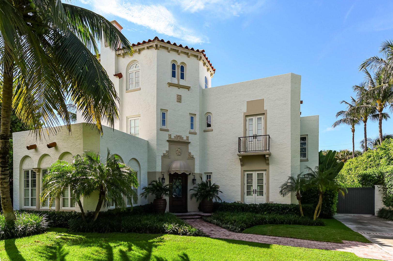 Photo of 130 Brazilian Avenue, Palm Beach, FL 33480