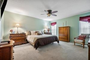 9068 Pine Springs Drive Boca Raton FL 33428