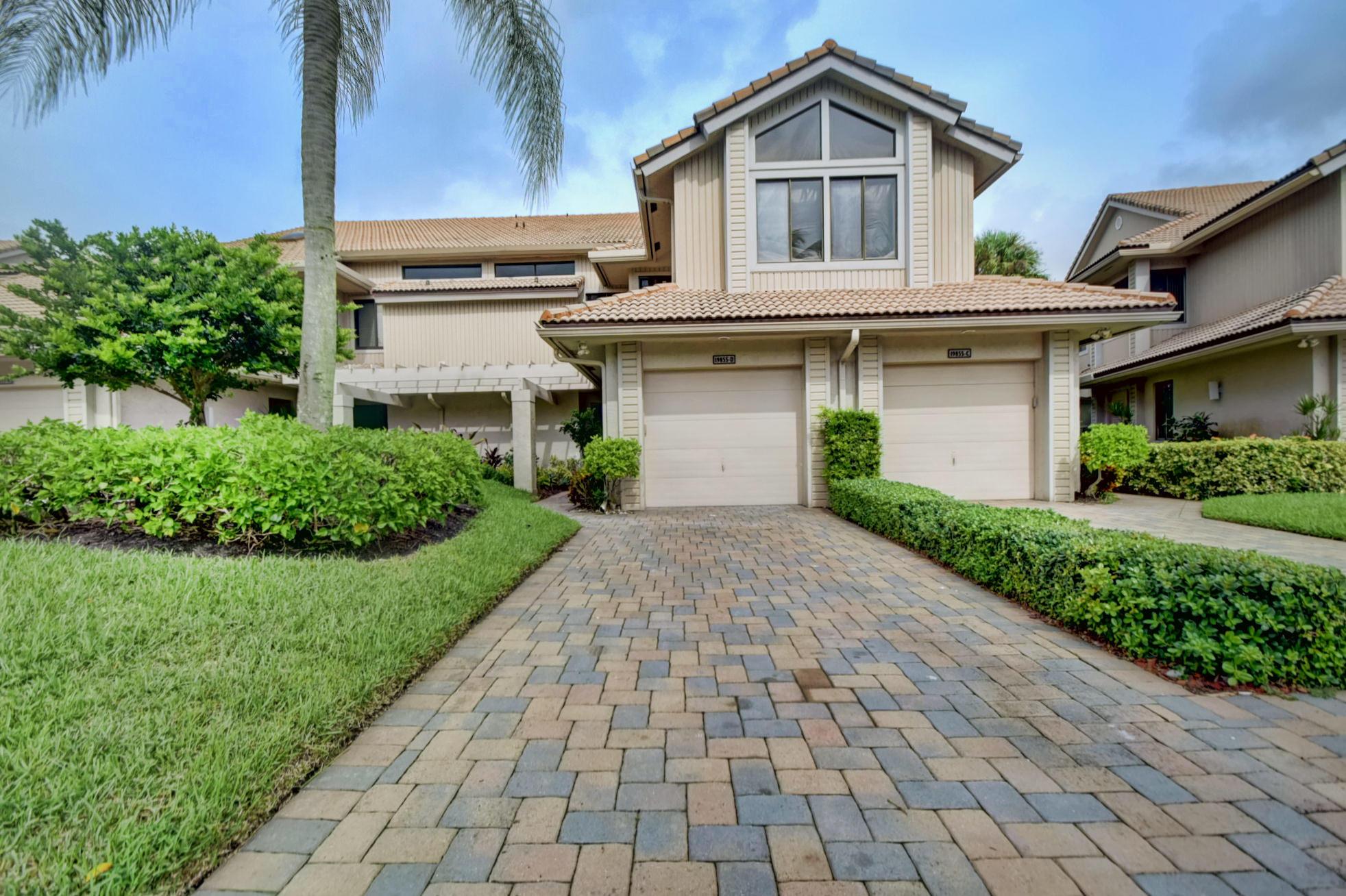 19855  Planters Boulevard D For Sale 10601704, FL