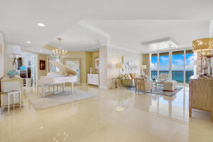 Spacious Living Space with a Soft, Elegant Ambiance