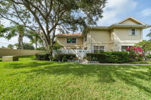 8168 Andover Court, 68d, Lake Clarke Shores, FL 33406