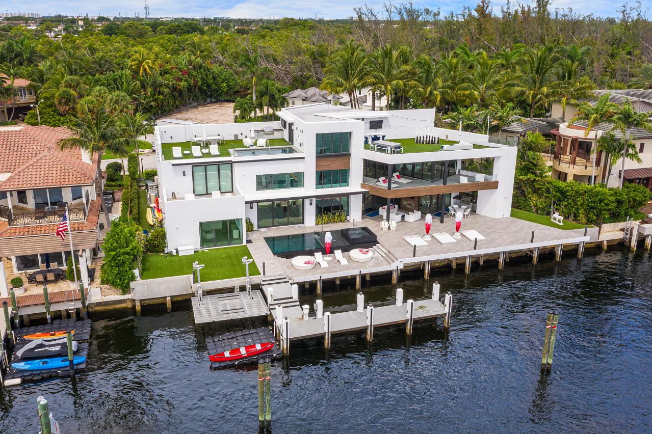 Photo of 690 Golden Harbour Drive, Boca Raton, FL 33432