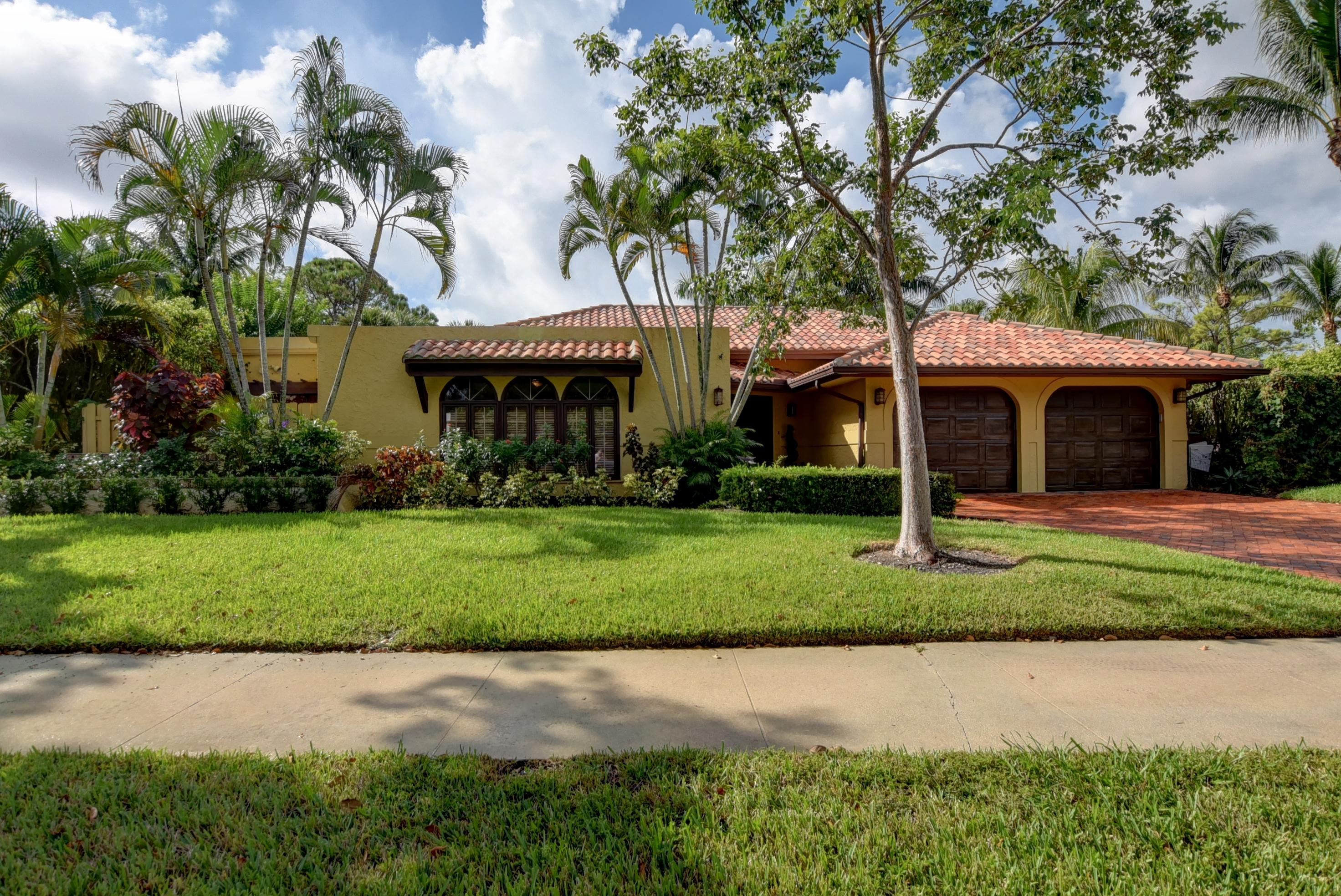 2570 NW 27th Street