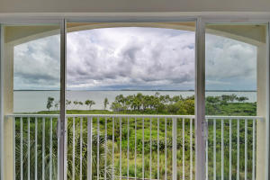 27 Harbour Isle Drive W, 304, Fort Pierce, FL 34949