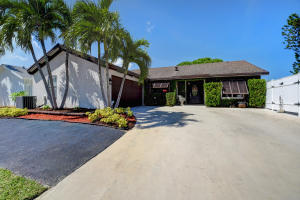 9851 Orange Park Trail Boca Raton FL 33428