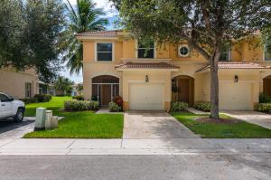 272 River Bluff Lane, Royal Palm Beach, FL 33411