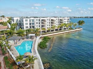 636 Windward Circle Boynton Beach FL 33435