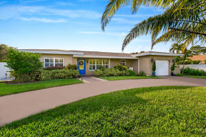 3015 Churchill Drive, Boynton Beach, FL 33435