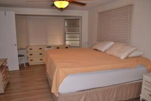 8260 South Street Boca Raton FL 33433