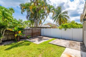 9958 Robins Nest Road Boca Raton FL 33496