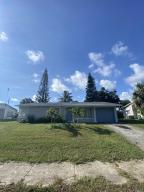 2132 SW 12th Court, Delray Beach, FL 33445