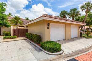 139 Old Meadow Way, Palm Beach Gardens, FL 33418
