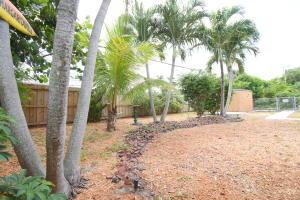 498 Ne 5th Circle Boca Raton FL 33431
