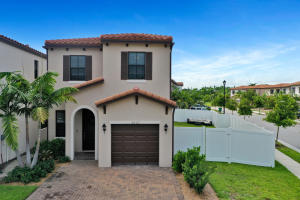 5021 Laurel Oak Drive, Riviera Beach, FL 33410