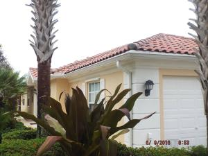 8450 Saint Johns Court, Wellington, FL 33414