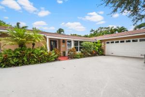 10888 Hickory Drive, Palm Beach Gardens, FL 33410