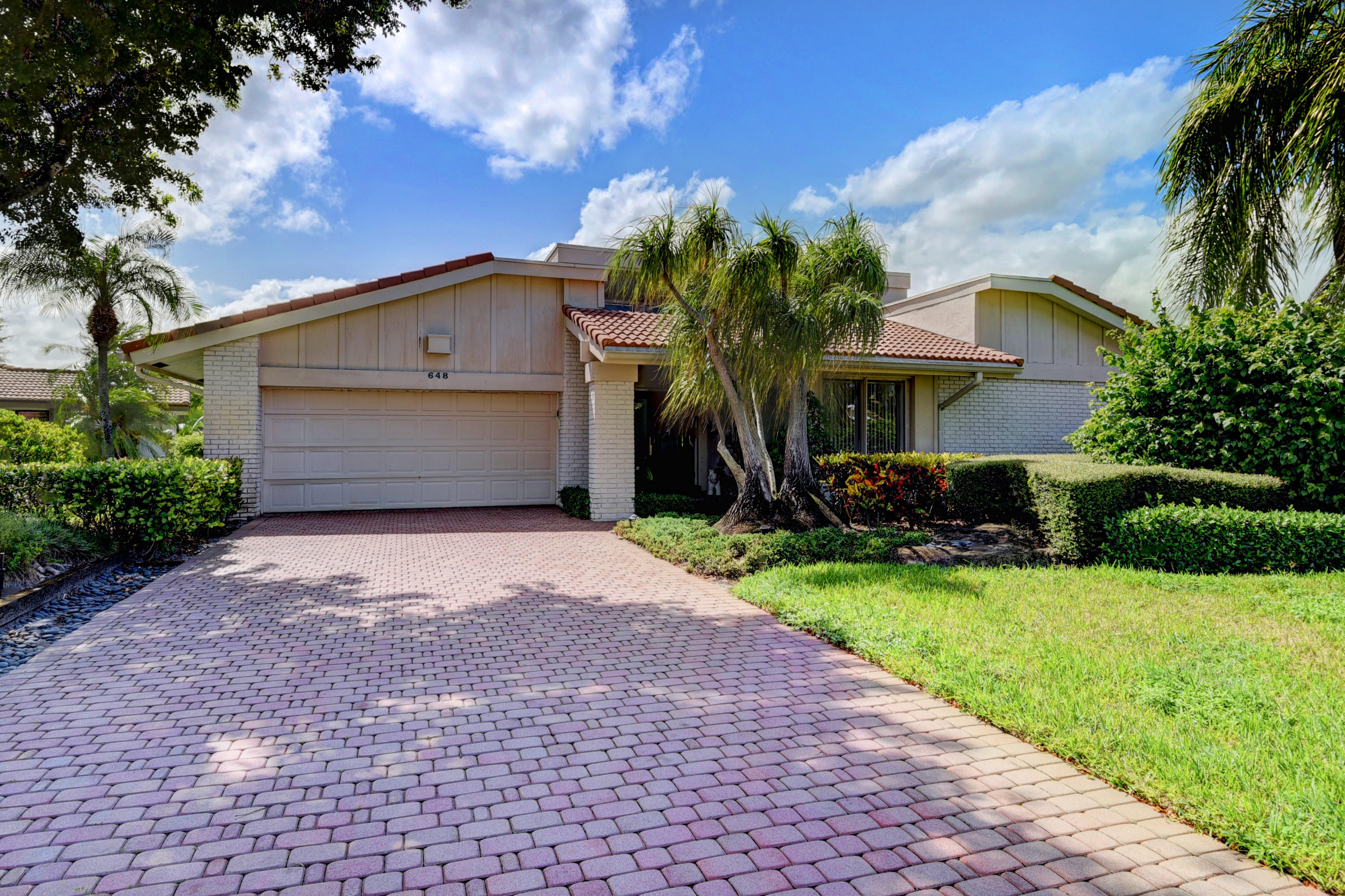 Photo of 648 Lakewoode Circle E, Delray Beach, FL 33445