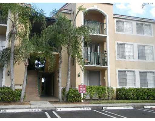 1743  Village Boulevard 101 For Sale 10657509, FL