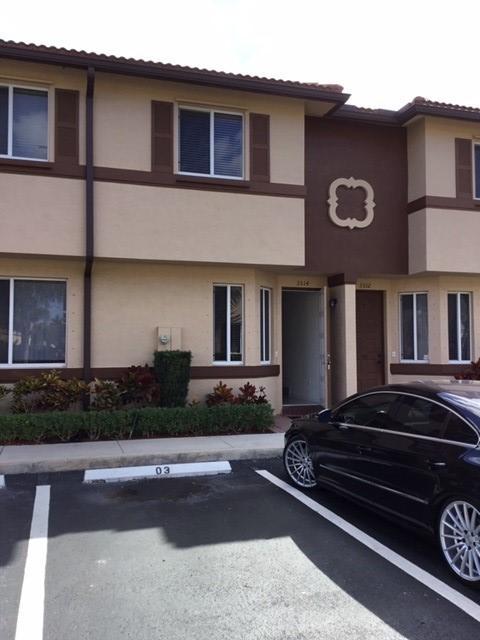 1912  Hibiscus Lane  For Sale 10657513, FL