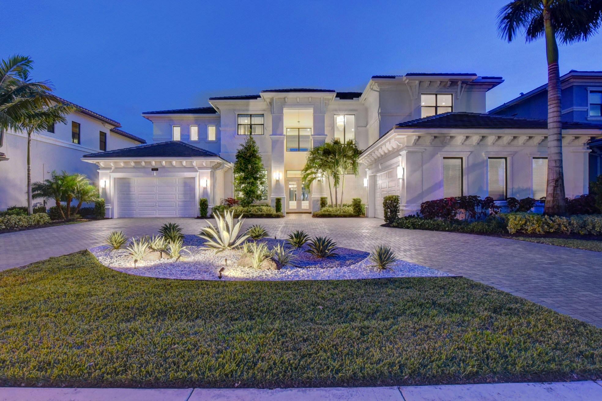 Photo of 9560 Balenciaga Court, Delray Beach, FL 33446