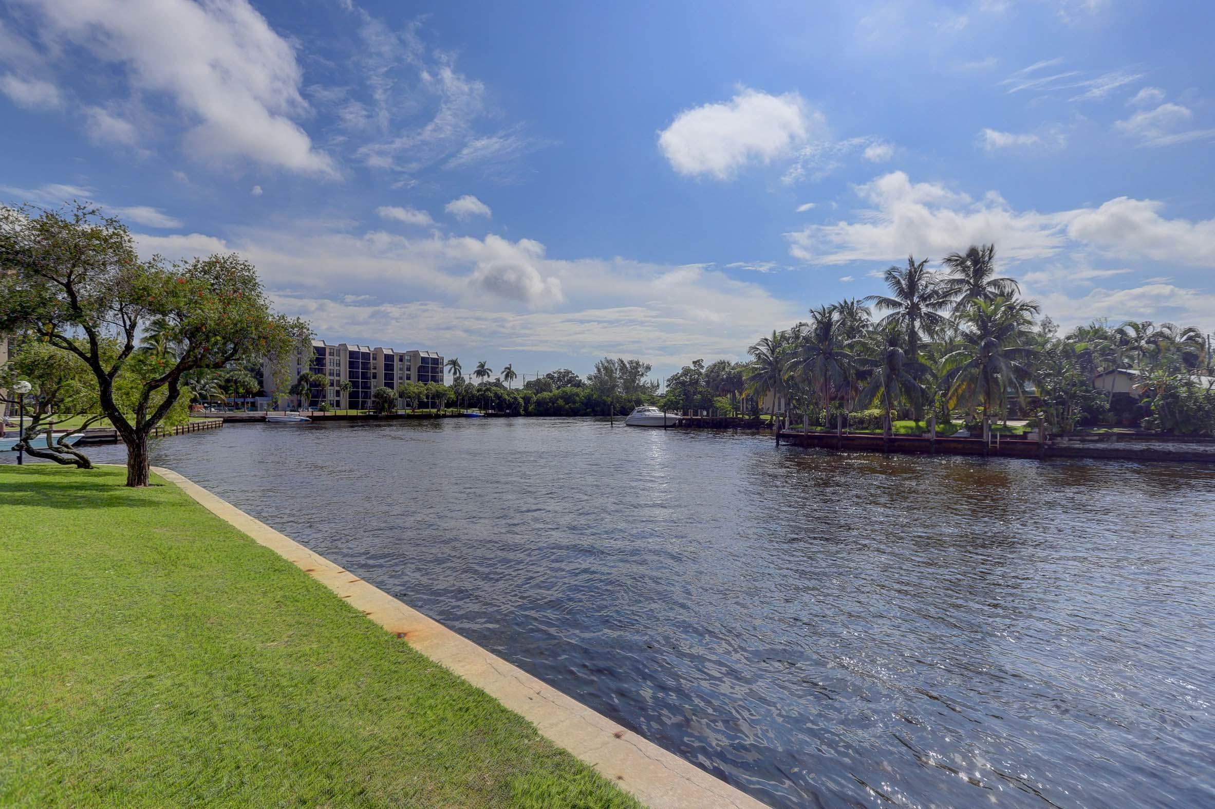 13 Royal Palm Way UNIT 1020 Boca Raton, FL 33432