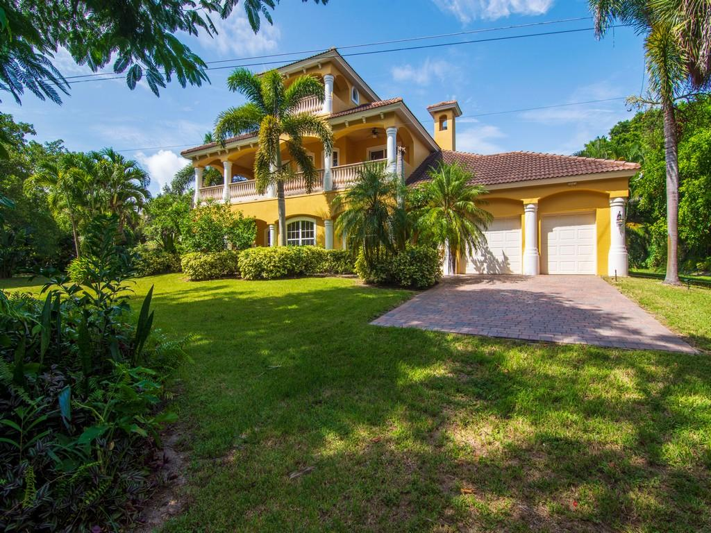 Image 2 For 8053 Indian River Drive S