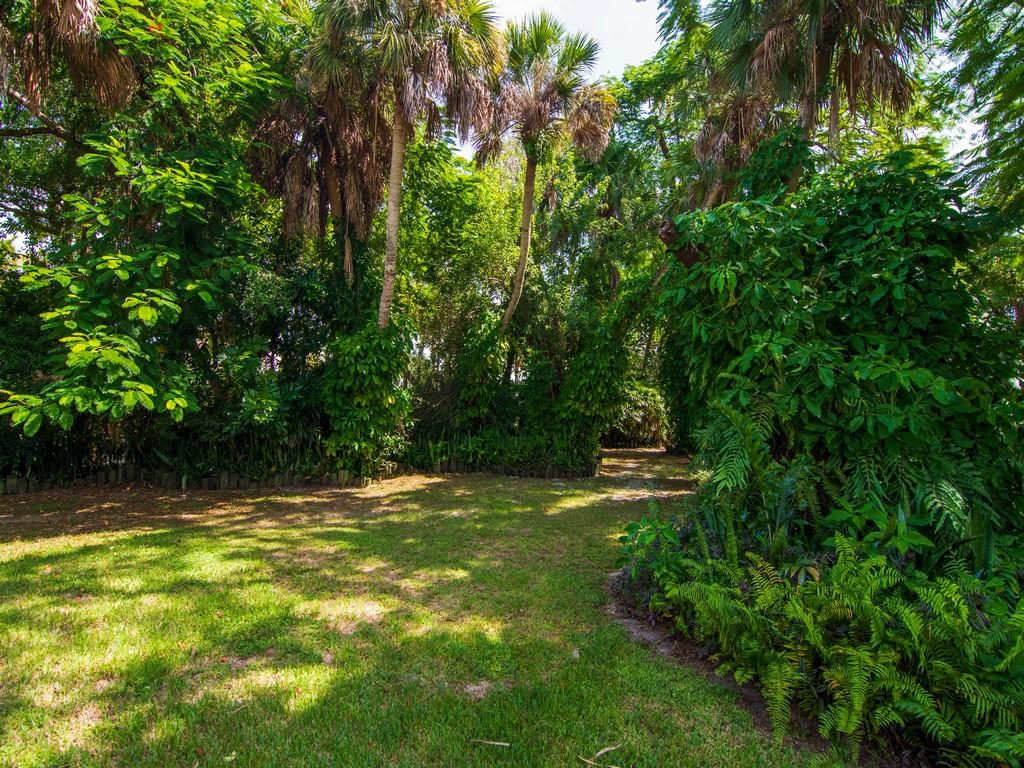 Image 62 For 8053 Indian River Drive S