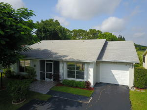 7052 Pine Manor Drive, Lake Worth, FL 33467