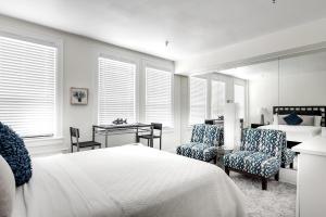 235 Sunrise Avenue, 3012, Palm Beach, FL 33480