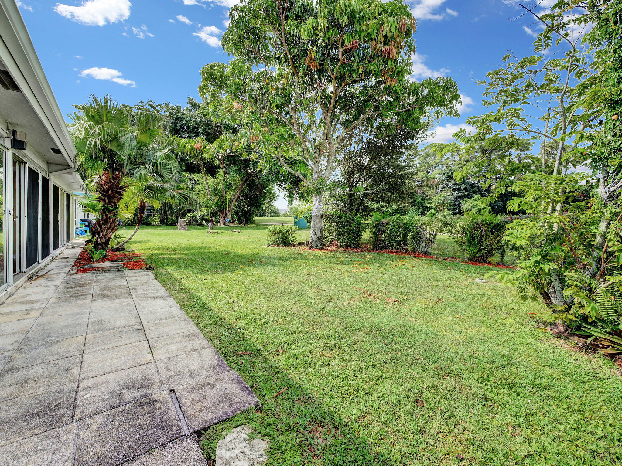 Image 32 For 7052 Pine Manor Drive