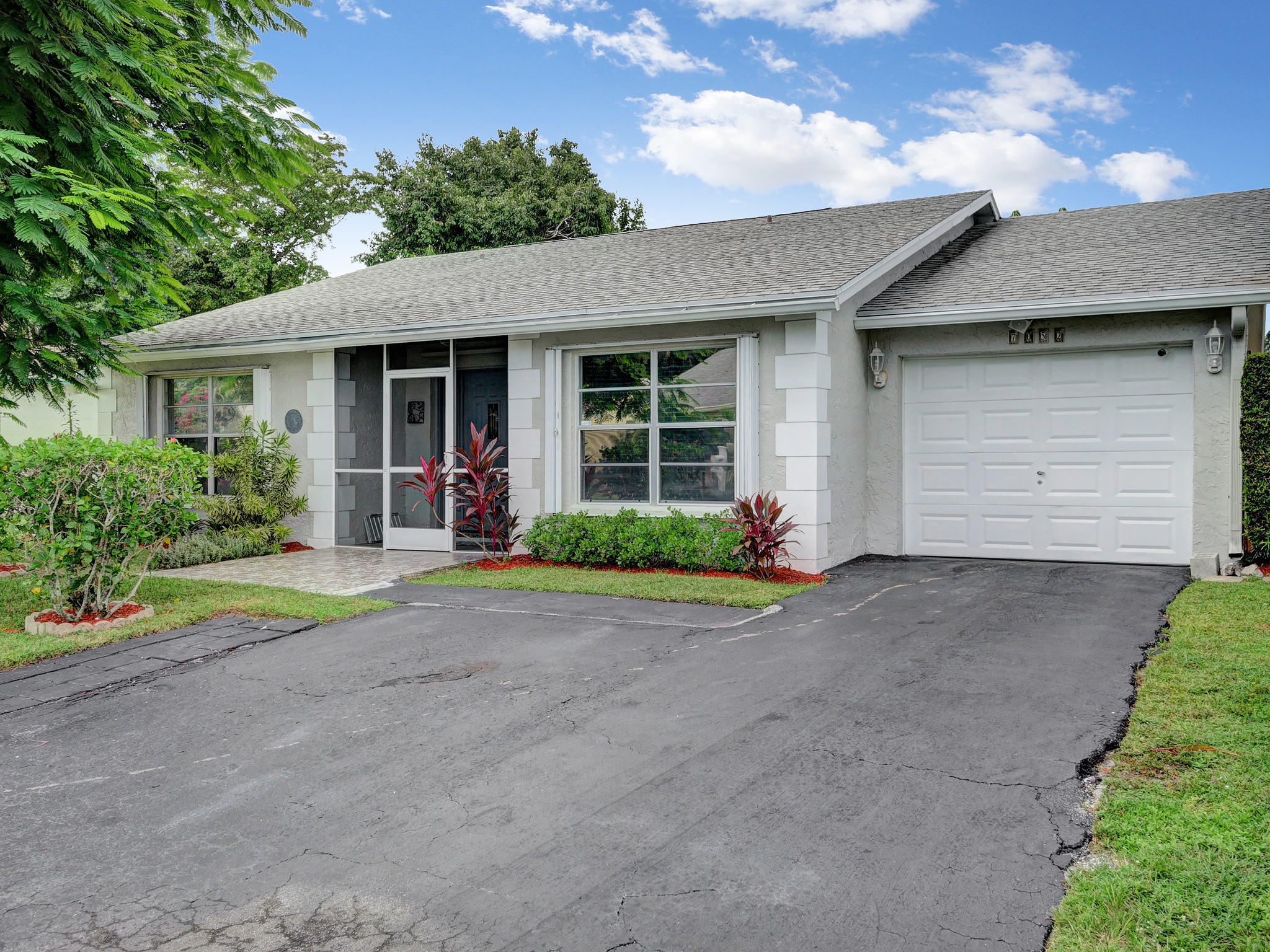 Image 34 For 7052 Pine Manor Drive