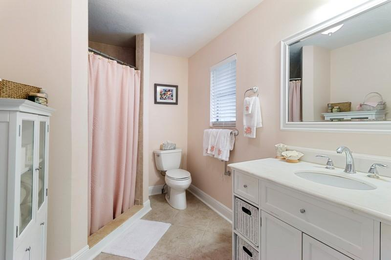 Image 13 For 9912 Little Club Way Se